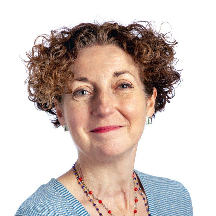 Lisa Hinton